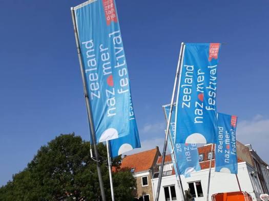 nazomerfestival vlaggen kees